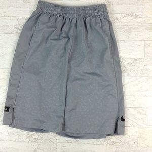 Nike boys gray athletic shorts 811748-065